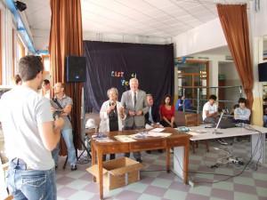 consegna-attrezzatura-scuola-2011-2012-lions-montagna-pistoiese-004